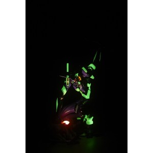 Revoltech Evangelion Evolution EVA- 01